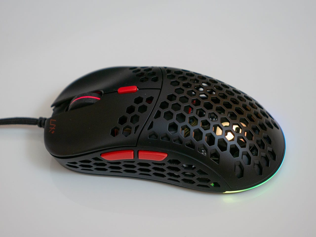 Recensione mouse ultra leggero SPC Gear LIX Plus