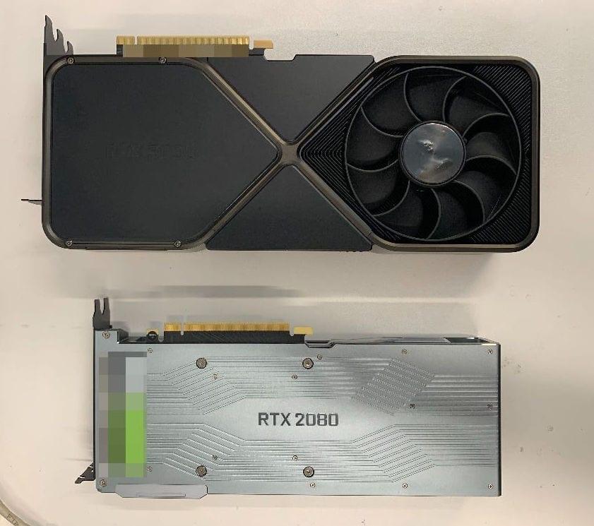 GeForce RTX 3090 è enorme occupa tre slot, ecco le foto