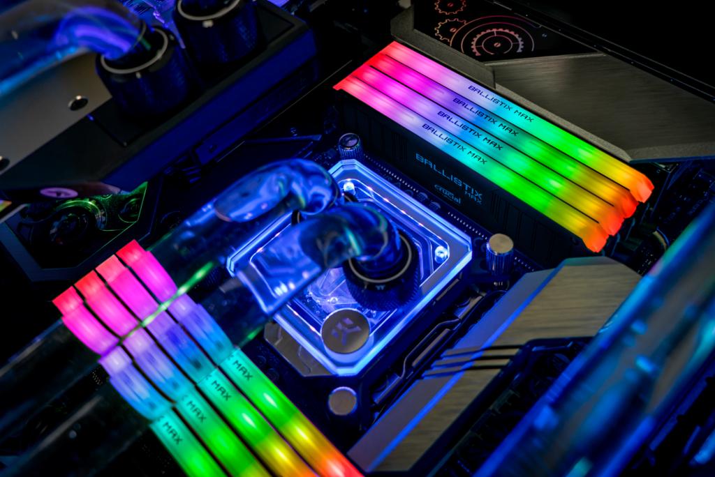 Crucial Ballistix MAX Recensione – RAM RGB e frequenze a 4400MHz