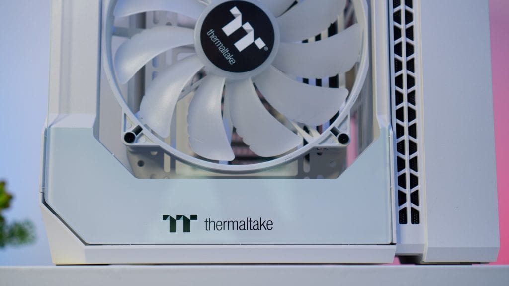 Thermaltake View 51 TG Snow ARG – Recensione